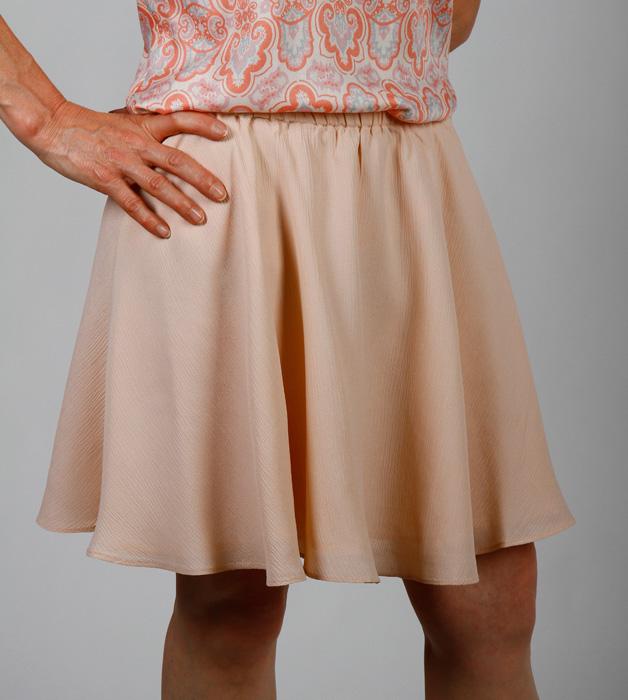 jupe courte godets rose poudre colilie v tements petites tailles jupe courte godets rose. Black Bedroom Furniture Sets. Home Design Ideas